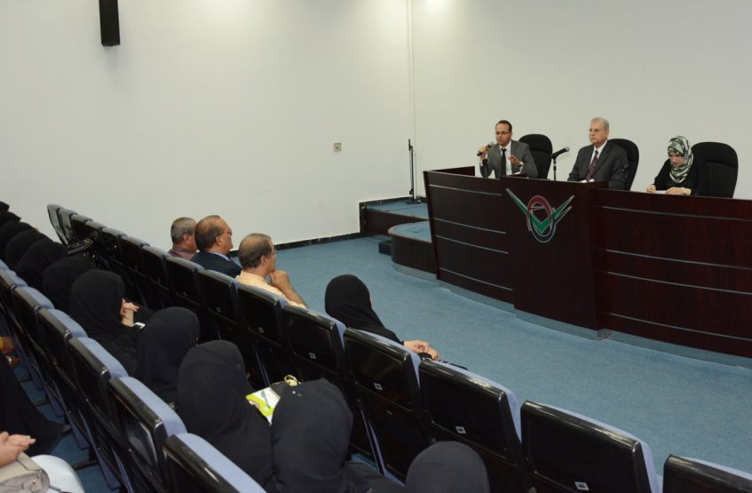 Introductory Tour for Professional Diploma Students at AAU - Al Ain Campus